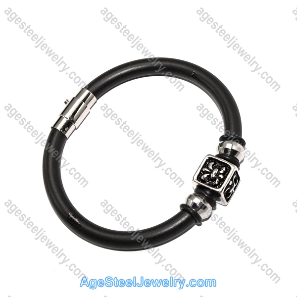 Leather Bangle BA944 Black